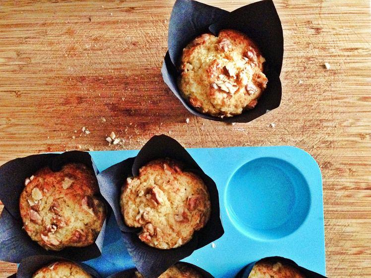 Muffins de melocotón queso y nueces 2