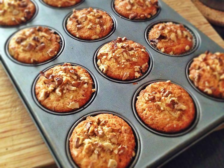 Muffins de melocotón queso y nueces 3