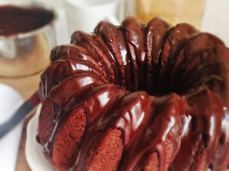 Bundt de chocolate negro (sin lactosa)-