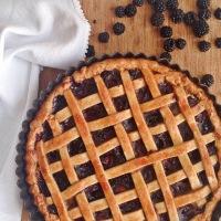 Tarta de moras y manzana